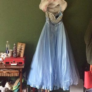 🆕 Light blue sequined prom dress - never worn!